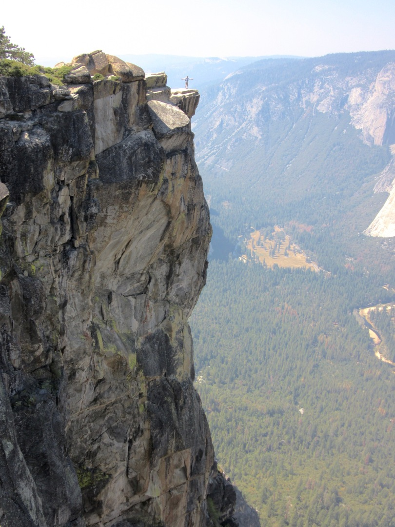 Taft Point and Sentinel Dome Hike in Yosemite National Park
